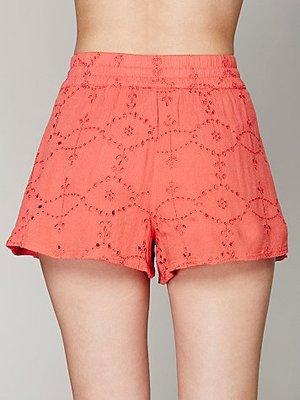 美国代购Karlie Eyelet Soft Short 网眼喇叭裤腿短裤 有大码