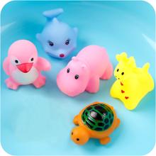 宝宝洗澡玩具卡通玩具婴儿童戏水玩具游泳池喷水沙滩玩具游乐场