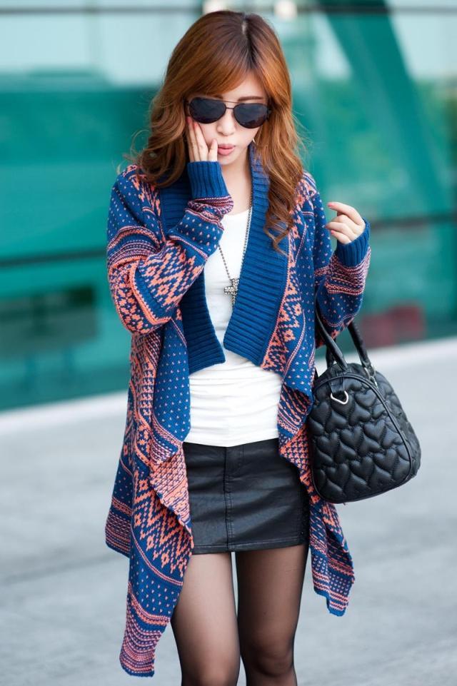803秋冬森女宽松民族风长袖撞色条纹女复古大毛衣外套开衫披肩