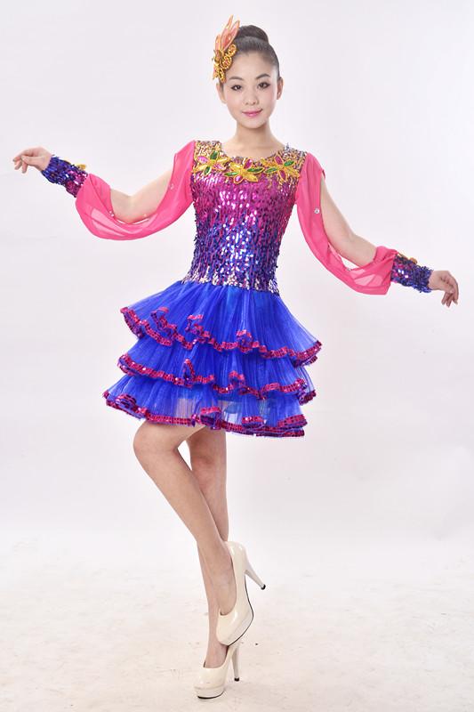 2017新款现代舞蹈服装舞台演出服女广场舞时尚短款蓬蓬裙春排舞