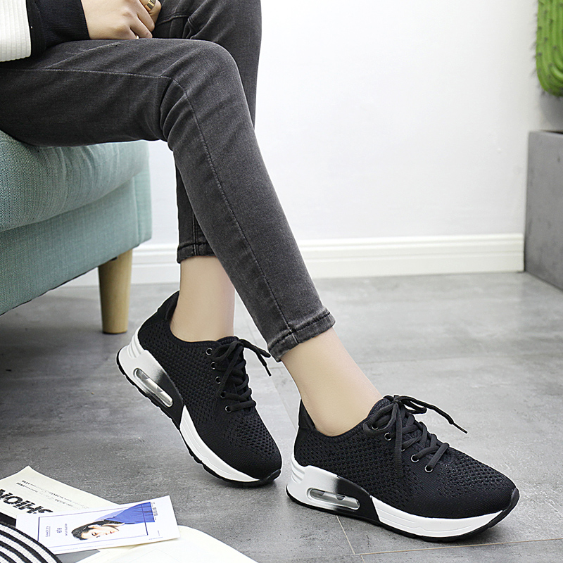 学生平底休闲韩版百搭运动鞋女鞋透气跑步黑色春季