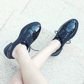 唤美娅复古英伦风女鞋秋季2017新款布洛克牛津小皮鞋学生漆皮单鞋