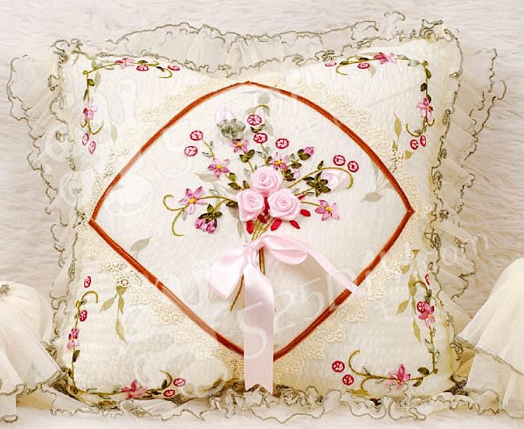 丝带绣抱枕汽车靠垫沙发抱枕十字绣欧式花边立体绣萍水相逢彩带绣