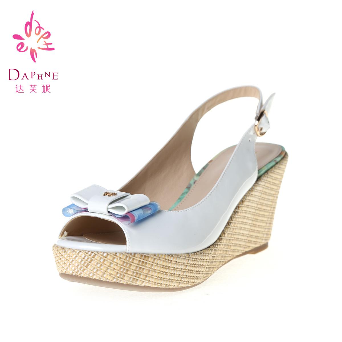 Daphne/达芙妮甜美休闲蝴蝶结麻编坡跟厚水台鱼嘴凉鞋1014303179