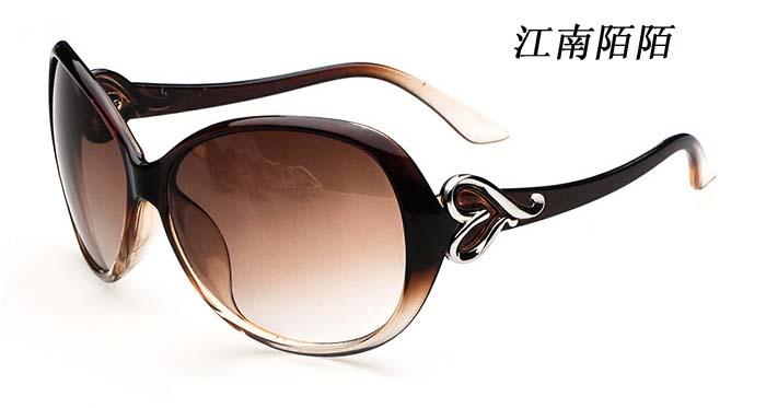 2014新款爱心女士太阳镜时尚潮气质百搭太阳镜