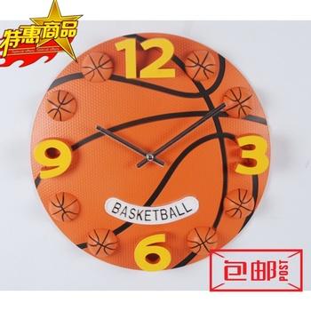 足球篮球运动钟表活力健身男孩卧