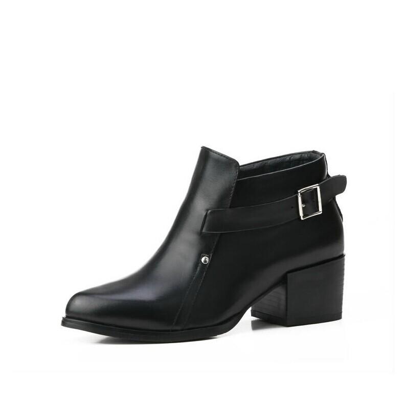 特价秋冬新款尖头中跟单靴韩版粗跟马丁靴真皮短筒女靴子裸靴潮款