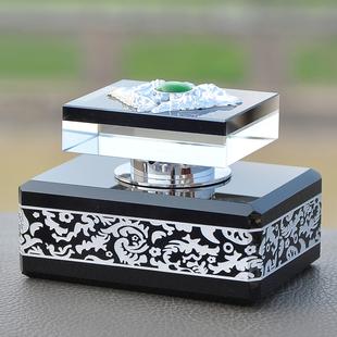 汽车香水摆件 高档车载香水座 古龙香车内香水 座式车用香水饰品
