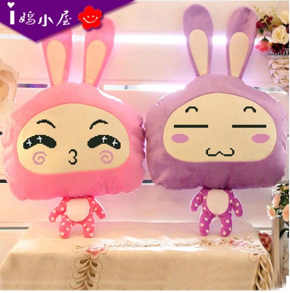 新款十字绣抱枕客厅卧室可爱兔子卡通情侣浪漫动漫靠