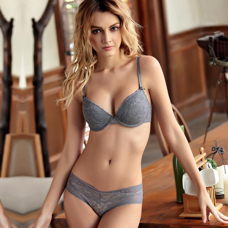文胸聚攏透氣上托蕾絲內衣夏季性感內褲套裝少女愛惟兒薄款薄模杯