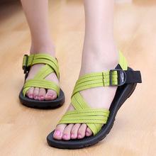 女式平底凉鞋 罗马 正品 凉鞋 夏季情侣沙滩鞋 女士凉鞋 新款 大码 越南鞋