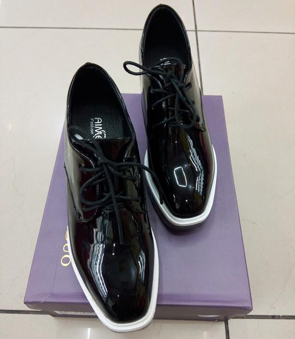 艾美多女鞋217-1新款单鞋韩版漆皮鞋坡跟厚底英伦风舒适时尚鞋子
