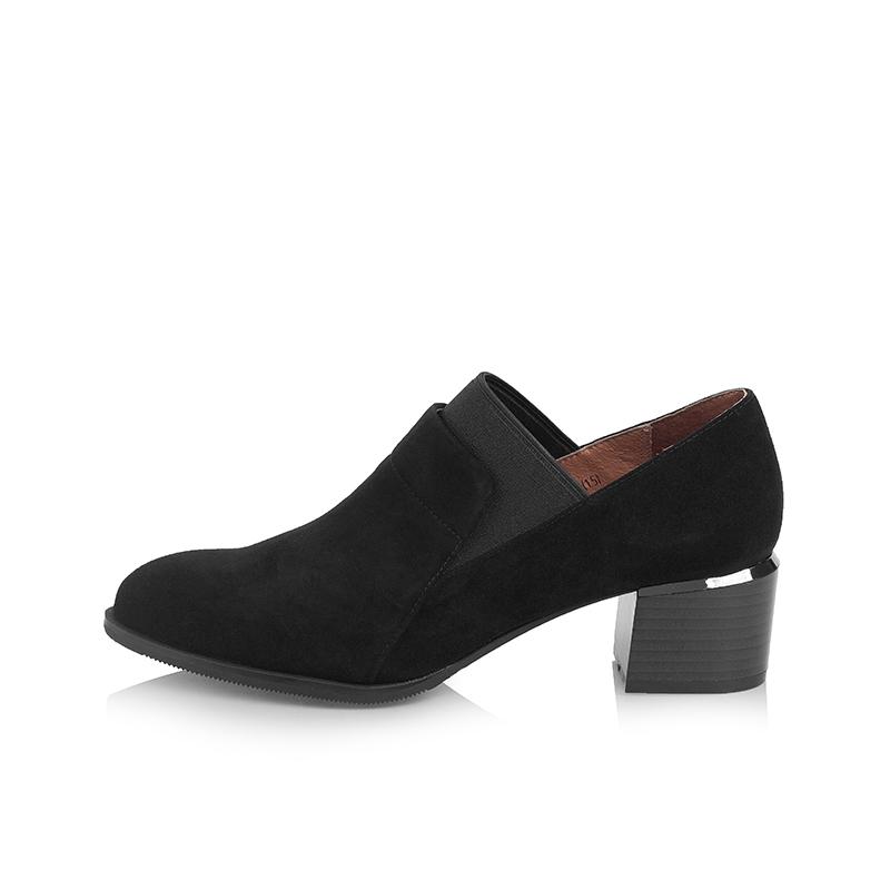 A7426111 秋季新品羊绒皮简约通勤中跟女单鞋 2017 千百度 C.BANNER