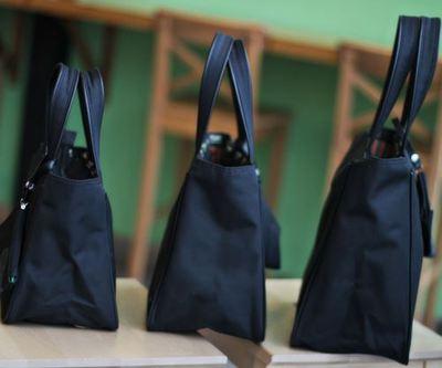 新款 防拎袋 饭盒袋便当袋便当包 水杯位 黑色带拉链 包邮水手