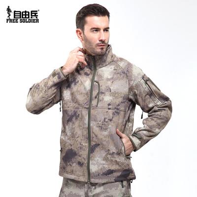 自由兵户外 鲨鱼皮指挥官冲锋软壳衣 加绒男士软壳防风防水服外套