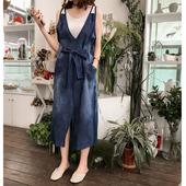 夏季新款韩版系带蝴蝶结牛仔连衣裙女气质宽松显瘦吊带裙中长裙子