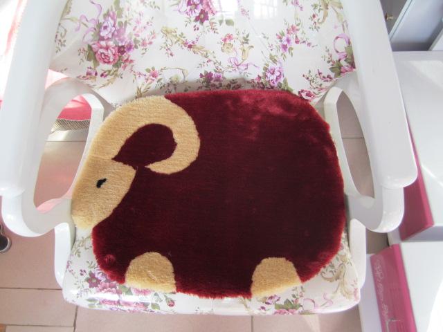 加厚羊毛欧式餐椅垫子毛绒办公座椅垫电脑椅子垫冬季保暖学生坐垫
