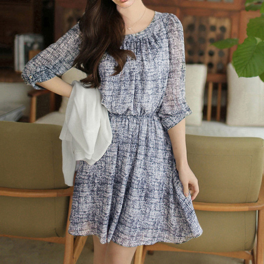 15年春新款韩版雪纺印花裙乱格子中袖收腰连衣裙A653