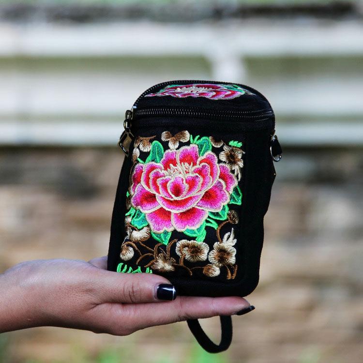 女包 民族风绣花包 绣花手提斜跨相机包 多功能便携小包手拿包