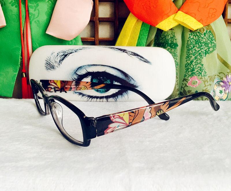 脸戴眼镜好看v眼镜戴女生方脸眼镜发型图图齐刘海烫发让你翻身做潮男图片