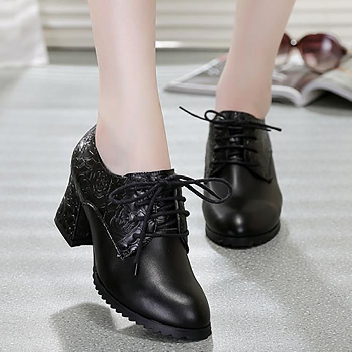 新款秋季女鞋单鞋蛇皮纹真皮韩版系带尖头潮流中跟休闲鞋女低帮鞋