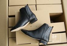 CDP133西班牙单 经典快时尚整箱大货 女士中筒松紧靴口马丁靴短靴
