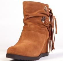 达芙妮牛皮时尚 短靴女靴子秋冬流苏内增高中筒靴保暖清仓 Daphne