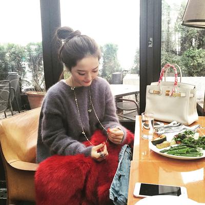 【现货】于momo定制 纯色圆领长袖毛衣女百搭保暖针织上衣H5443