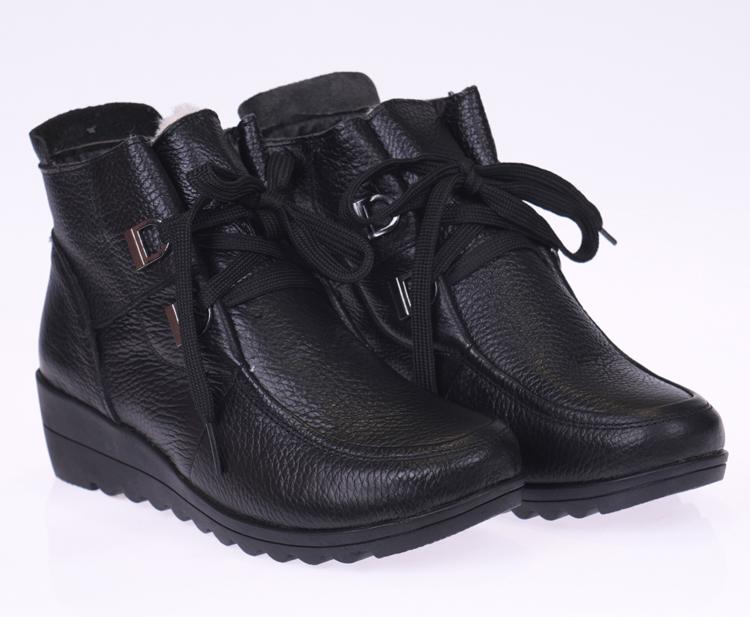 特价真皮冬季中老年女鞋妈妈鞋冬棉鞋老人鞋平底短靴羊毛高帮皮鞋