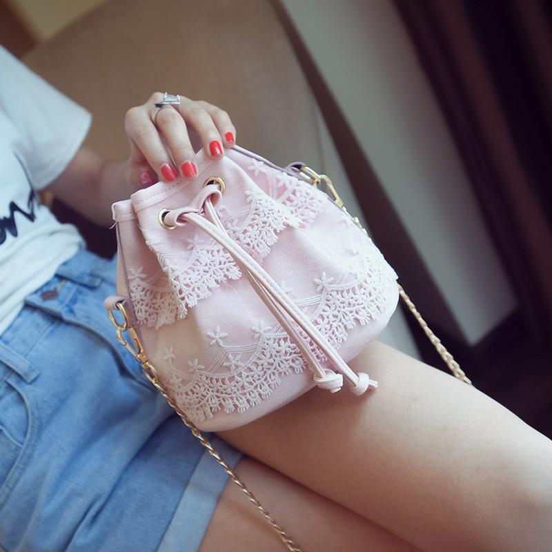 单肩包斜跨包小包甜美链条时尚水桶春季蕾丝