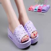 女夏可爱时尚 女士凉拖鞋 防滑洗澡浴室凉拖鞋 夏天居家坡跟厚底拖鞋