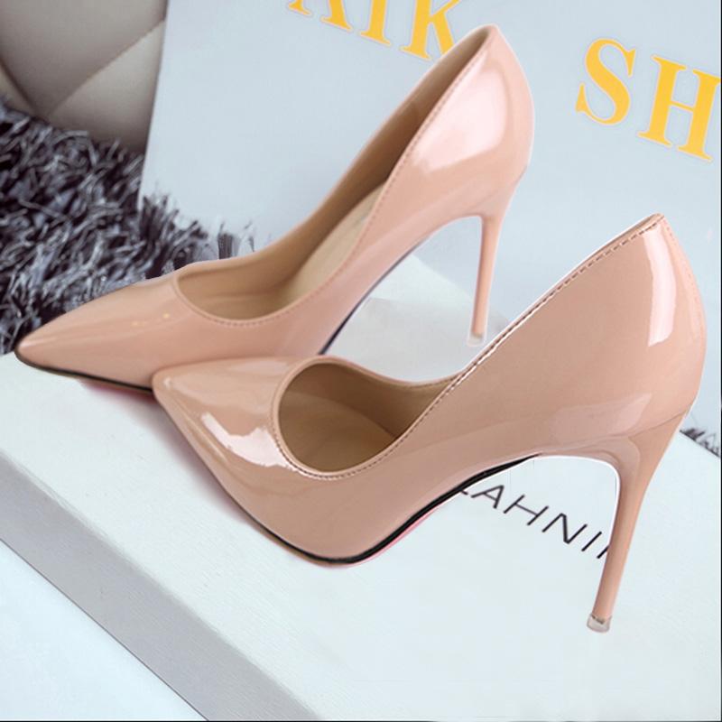 春秋季新款杏色尖頭女鞋 細跟超高跟鞋淺口漆皮公主鞋10cm職業鞋圖片