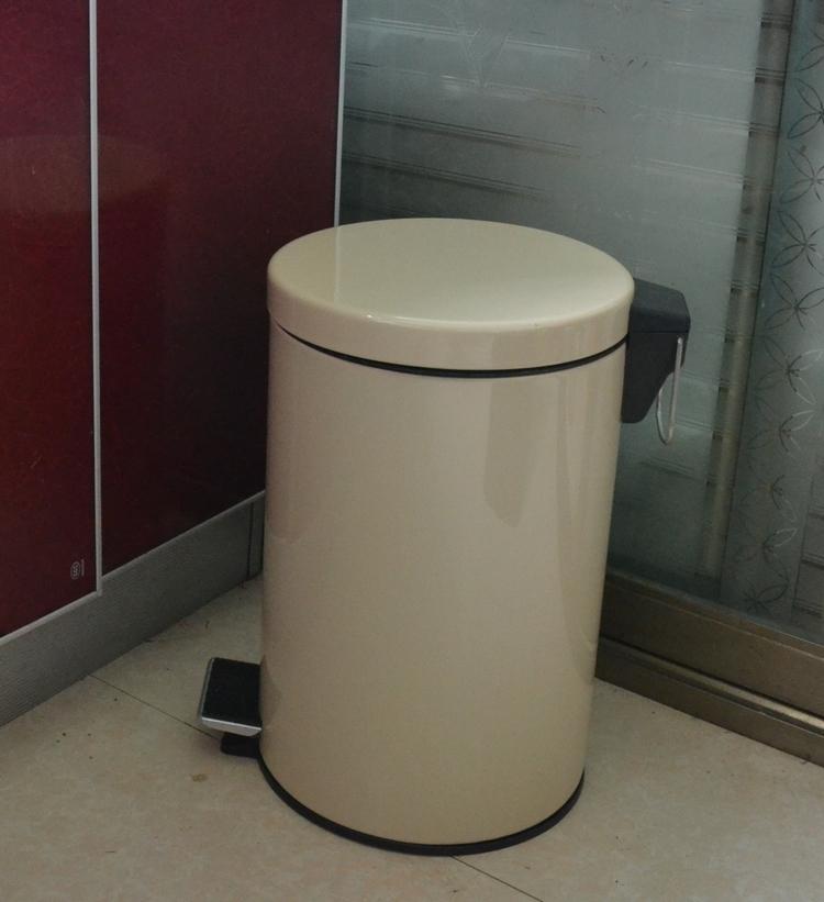 成普欧式不锈钢烤漆乳白色厨房家用12L20L垃圾筒脚踏式特厚0.6mm