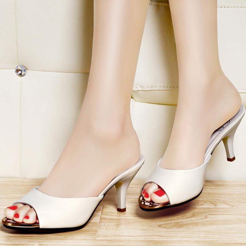 古奇天伦夏季细跟女拖鞋 韩版漆皮一字型拖鞋 居家中跟鱼嘴女凉鞋