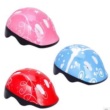 儿童头盔 儿童护具头盔 溜冰鞋头盔 儿童轮滑套装 旱冰轮滑护具
