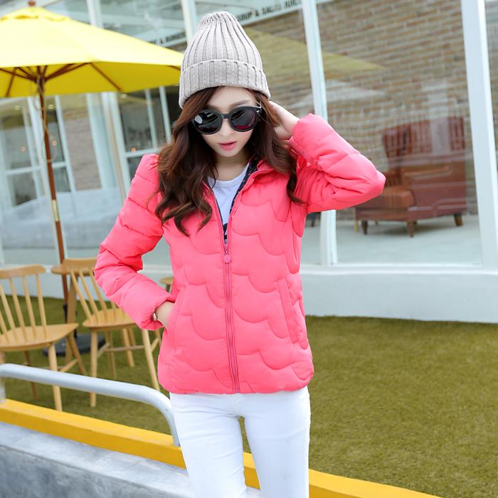 2014初冬外套羽绒服短款短装冬季女式羽绒服小款修身超轻薄连帽