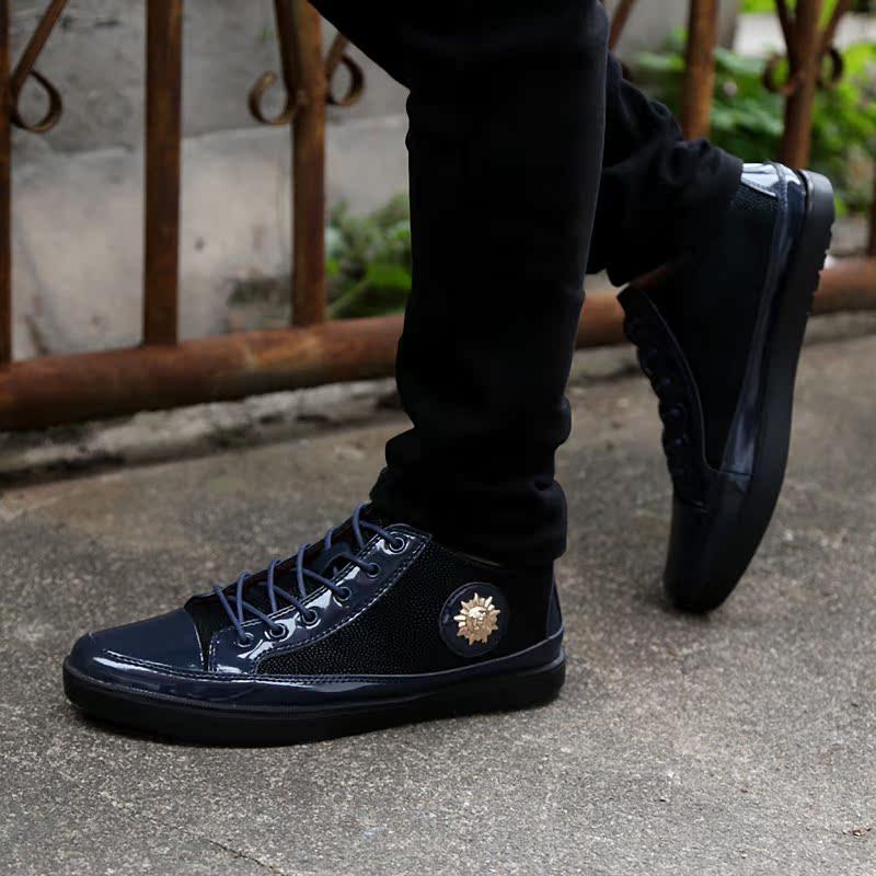 2105春季新款男式韩版潮流休闲男鞋时尚林弯弯男士板鞋青春潮单鞋