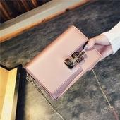 包包2017春季新款时尚韩版朝流个性锁扣链条小方包休闲女包斜挎包