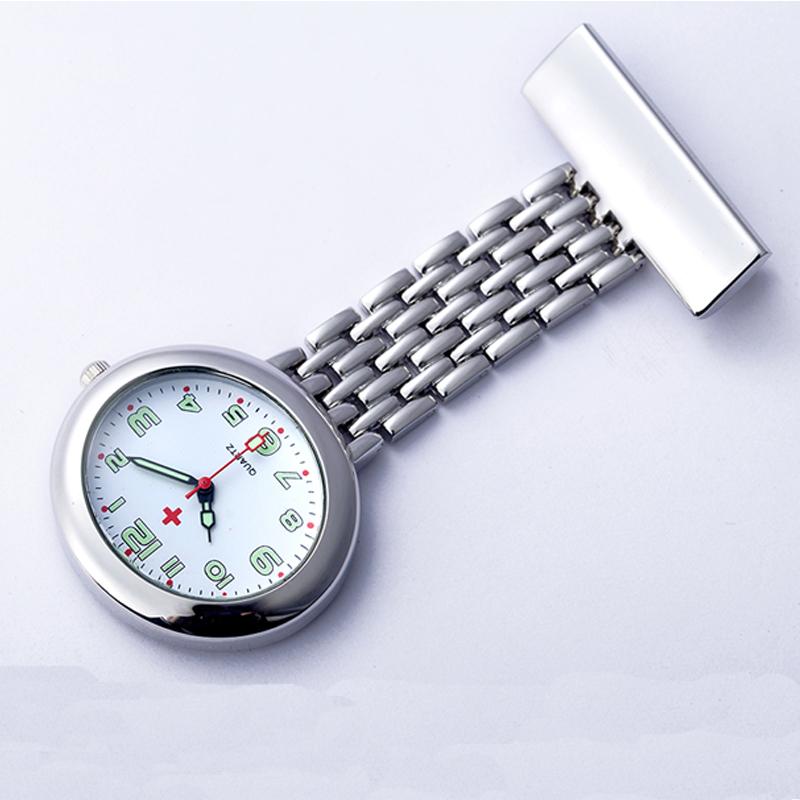 运动手表护士胸表 可爱夜光挂表 女士批发医用怀表 石英手表5折