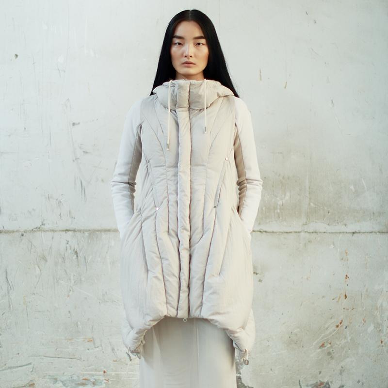 JNBY江南布衣 冬季轻薄羽绒服女斗篷式白鸭绒羽绒服修身5C87161