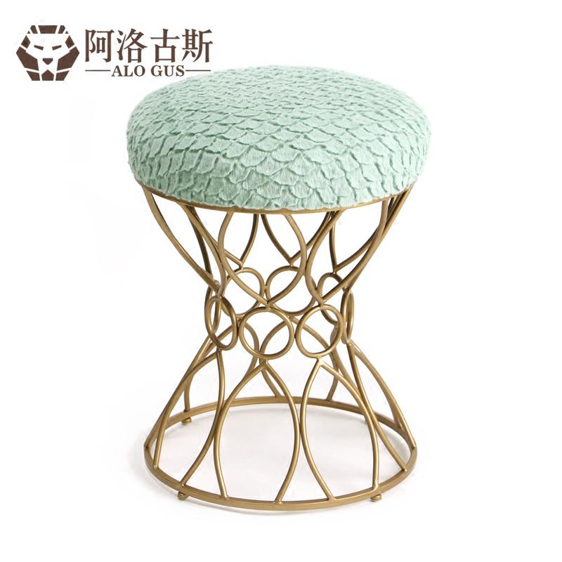 淘宝-欧式妆台凳时尚布艺化妆凳简约创意换鞋凳美式