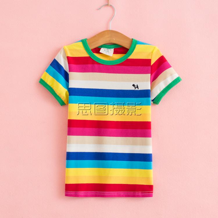 婴儿男童衣服装图片拍照摄影服务工作室 纯粉色背景室内挂拍