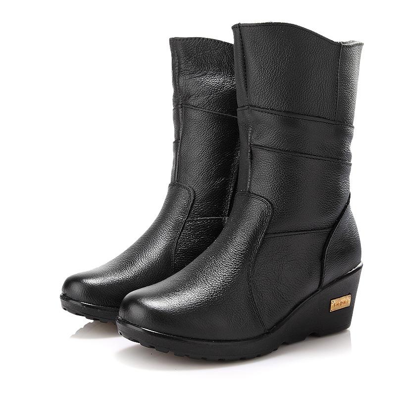 贞鸽2014冬季新款真皮妈妈靴子中筒加厚保暖全头层牛皮雪地靴女