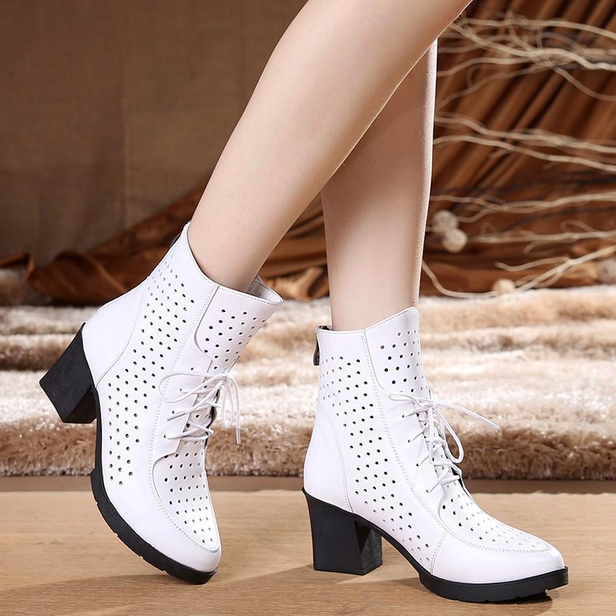 粗跟系带女短靴春秋真皮马丁靴子时尚单靴牛皮白色洞洞靴高跟女鞋