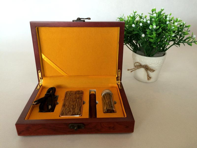 包邮沉香充电打火机 红木礼品创意男女生日礼物 高档礼品
