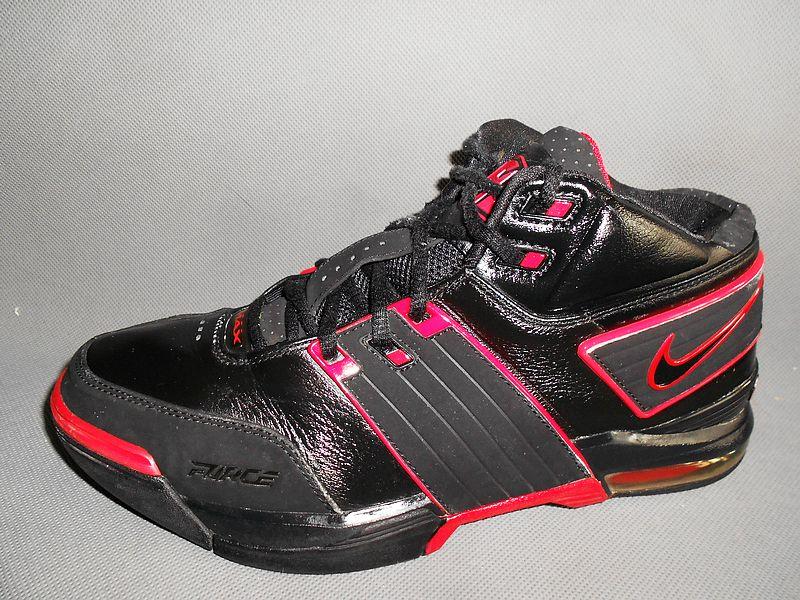 二手闲置正品  市面稀少耐克AIR篮球鞋43码