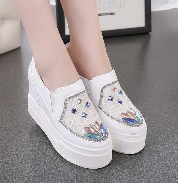 新款时尚专柜韩版女款厚底松糕鞋水钻单鞋内增高跟女鞋休闲鞋潮鞋