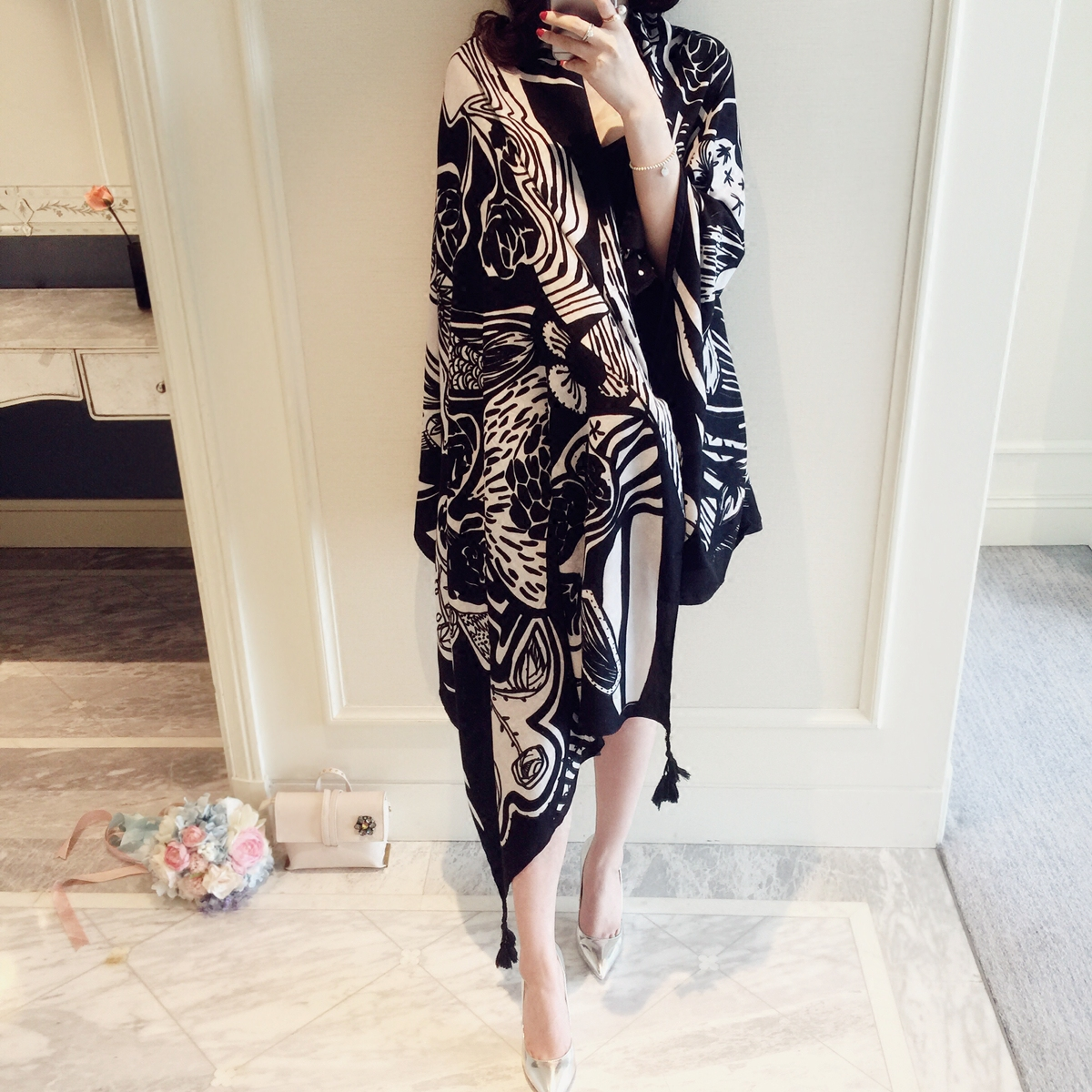 小溜家2017春夏季黑白印花围巾超大披肩两用女丝巾旅游防晒沙滩巾