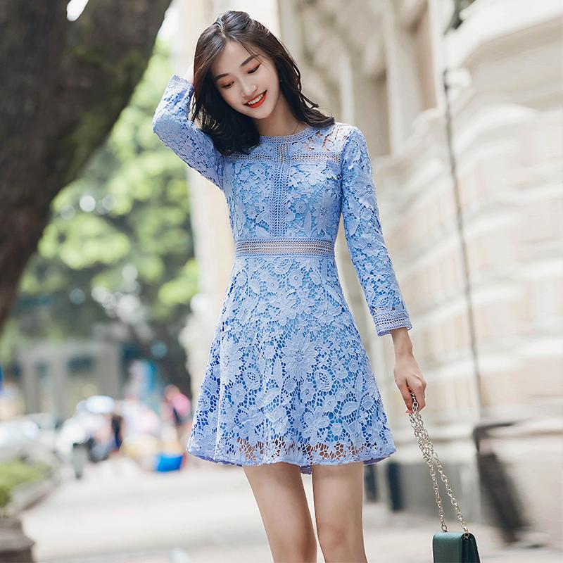 蕾丝连衣裙夏