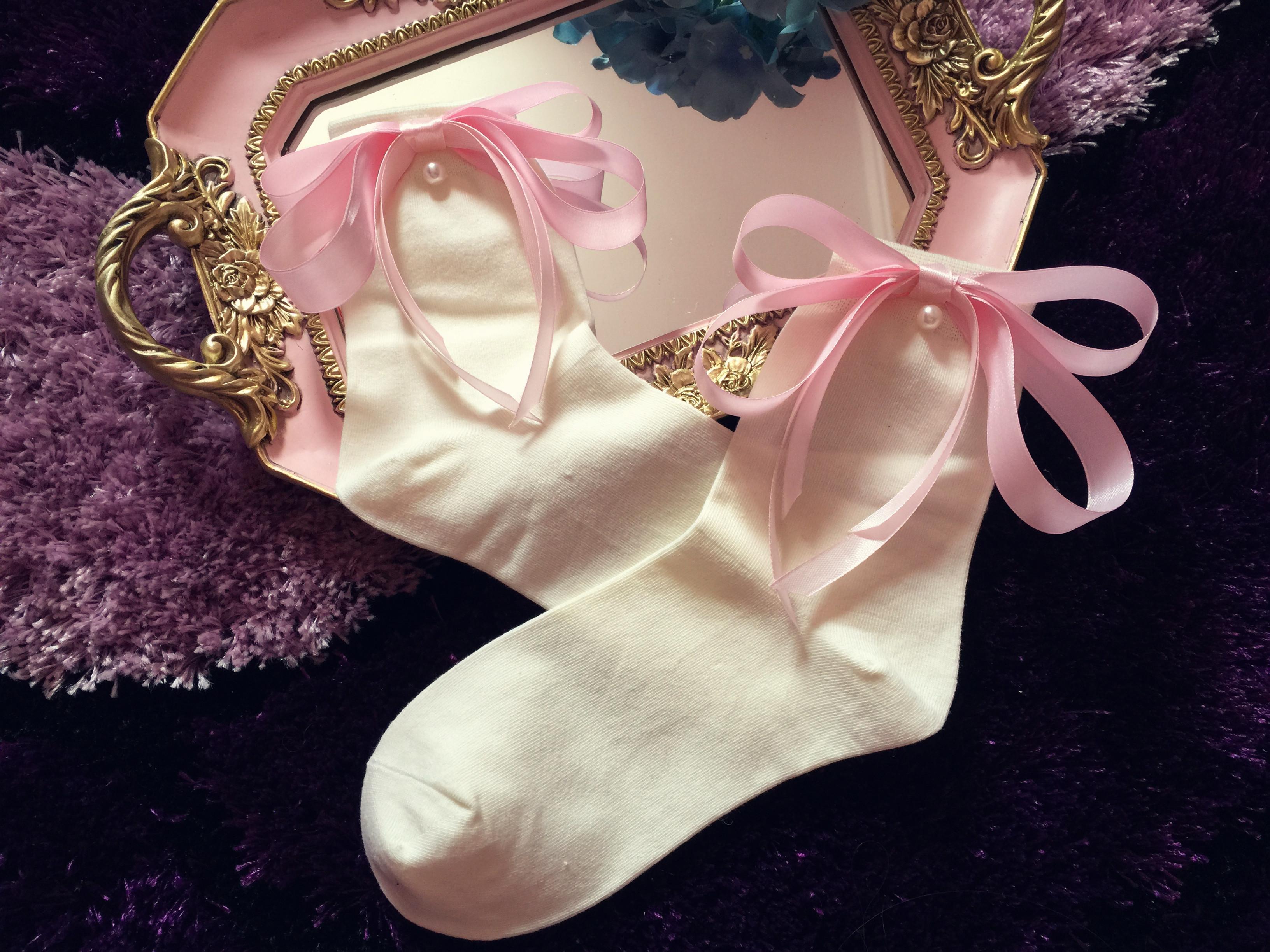 女生[白相册礼物袜子]白女生变黄洗v女生图排行榜90袜子正品图片